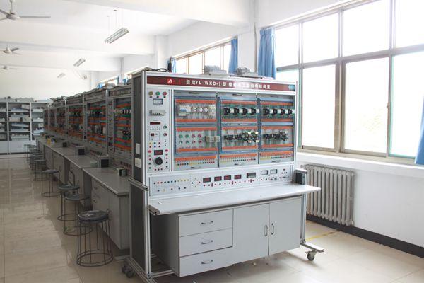电子电工实训室(2)