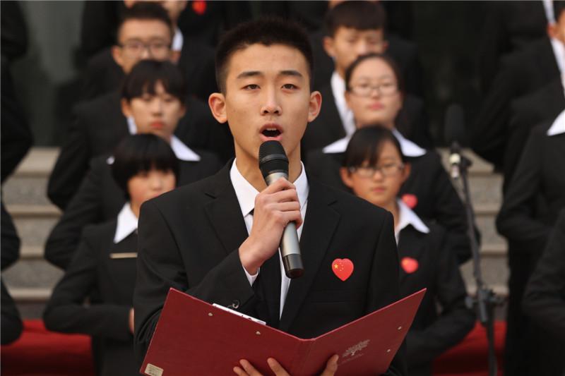 """第六届""""唱红歌、诵经典""""班级风采大赛1"""