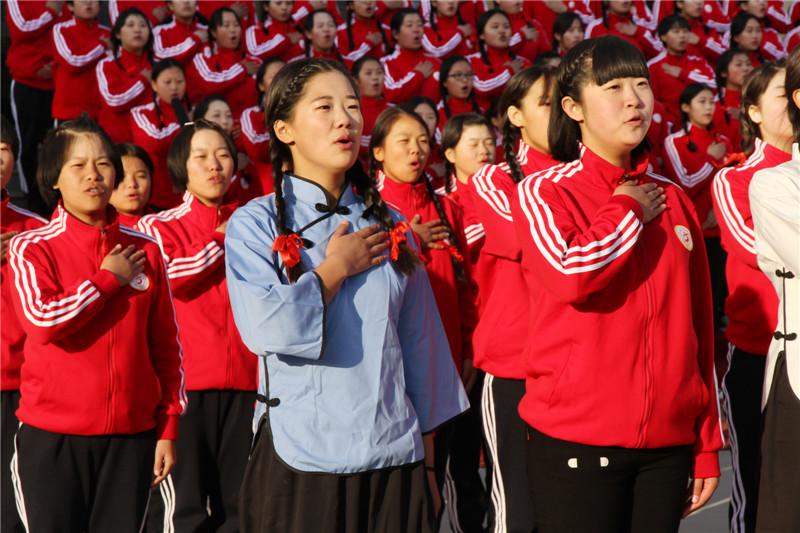 """第六届""""唱红歌、诵经典""""班级风采大赛26"""